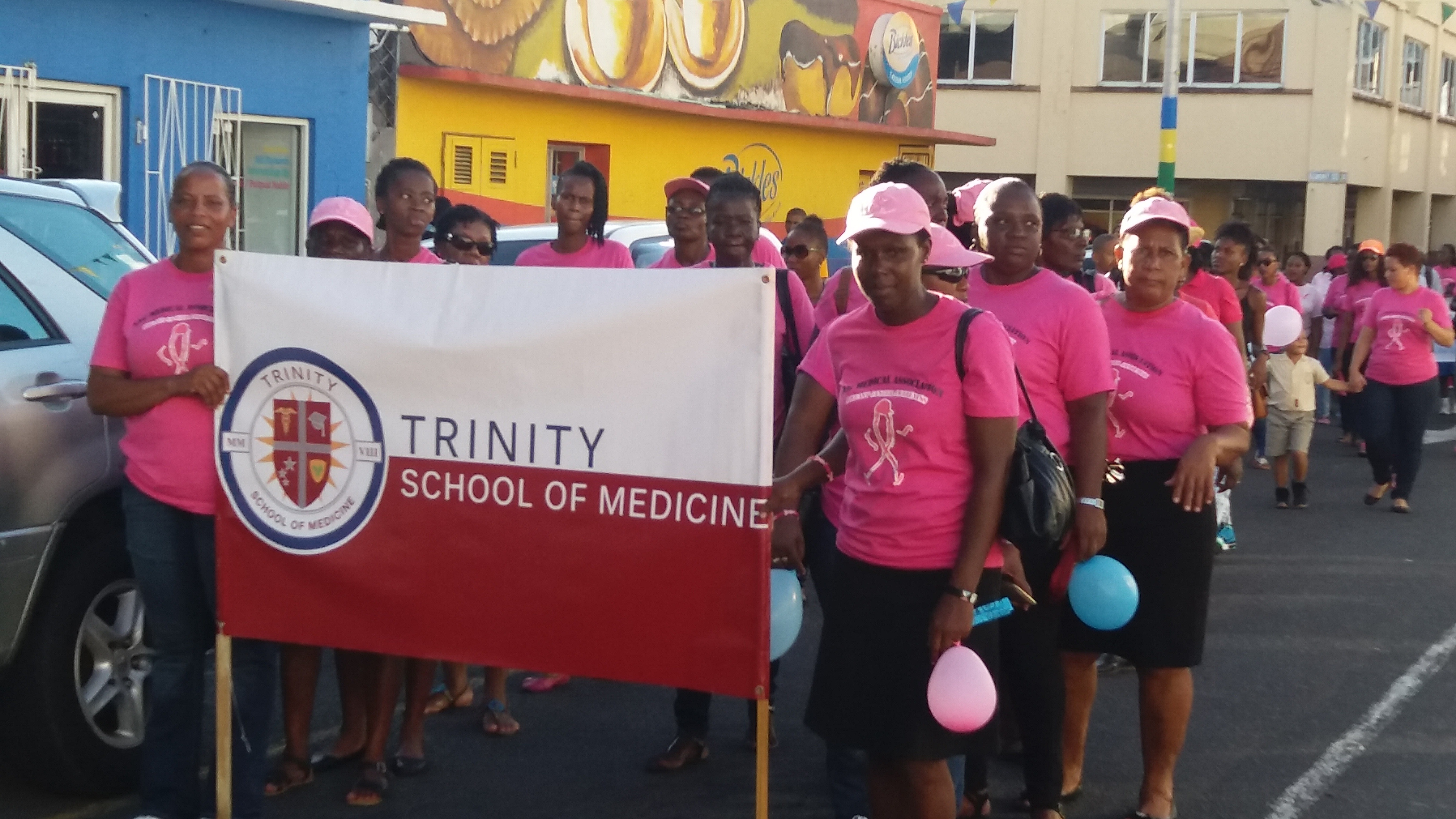 Trinity School of Medicine's AMSA Chapter Takes Part in Cancer Outreach and Support on St. Vincent